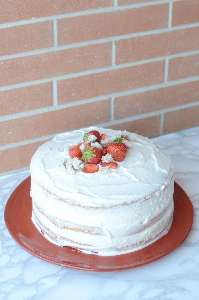 torta alle fragole e cioccolato bianco