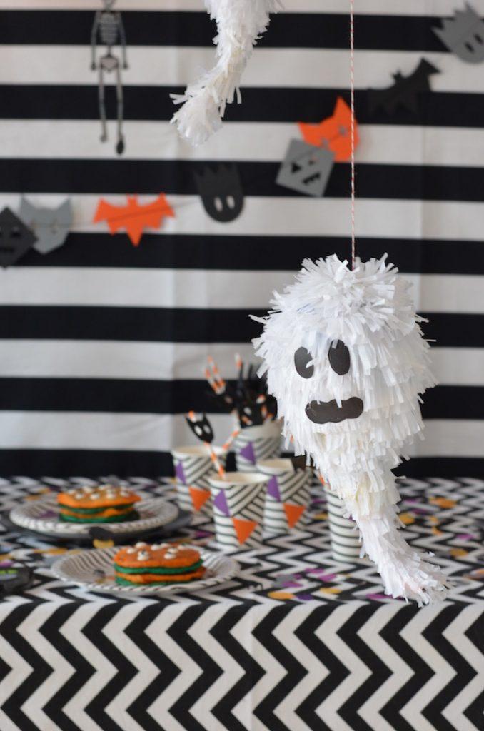 {DIY} Pignatta fantasma di Halloween!